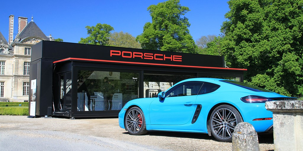 Porsche Roadshow Group.jpg